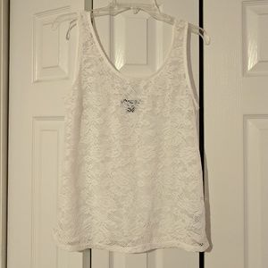 ⭐2 for $6⭐Lace front white tank top